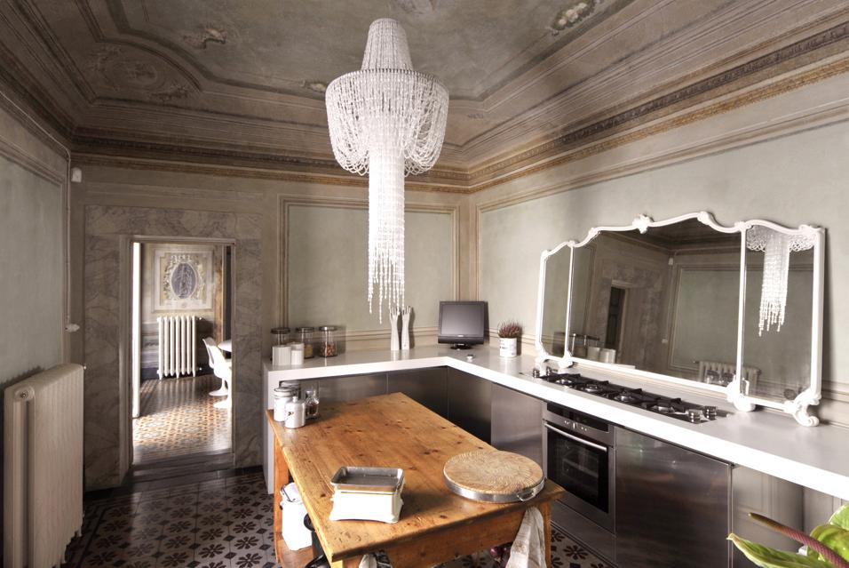 Italy vs Great Britain - Plus Deco - Interior Design Blog