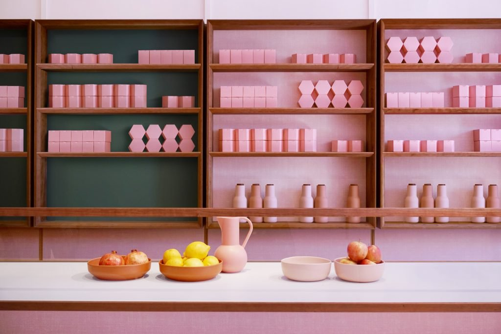 child studio, humble cafè, humble cafe, kings cross pizza, kings cross cafè, pink cafè, formica bar, pink interiors, plusdeco blog, +deco, interior blog, blog interni, Chieh Huang, Alexey Kostikov